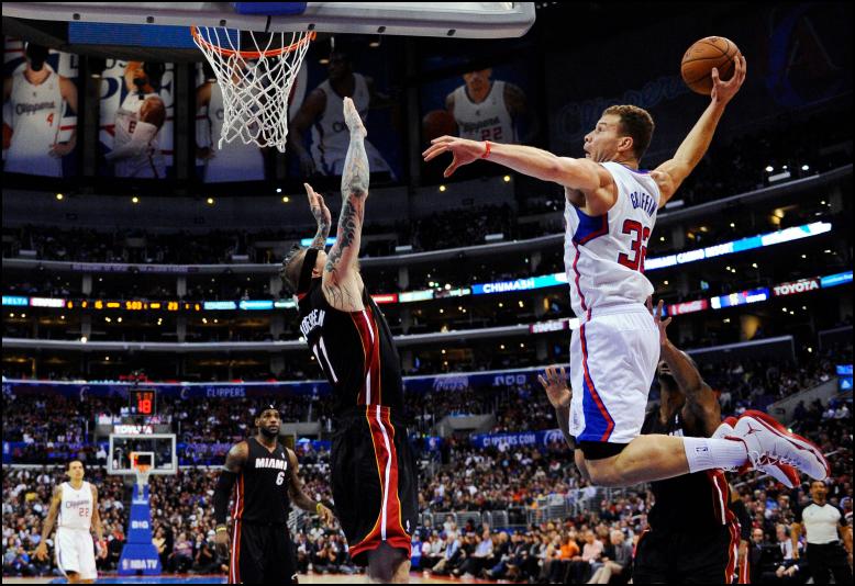 NBA Daily Fantasy Basketball Lineup Picks - Lineuplab.com - Blake Griffin dunks on the Miami Heat