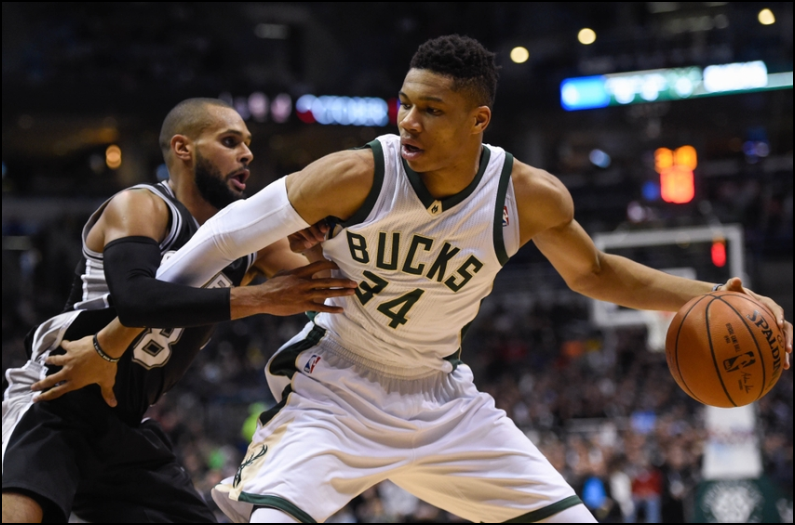 NBA Daily Fantasy Basketball Lineup Picks - Lineuplab.com - Giannis Ant shoves defenders to the side