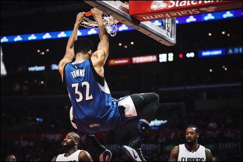 NBA Daily Fantasy Basketball Lineup Picks 1/1/18 - LineupLabs.com