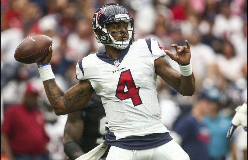 NFL Daily Fantasy Football Recommendations for Week 15 – Quarterbacks and Running Backs
